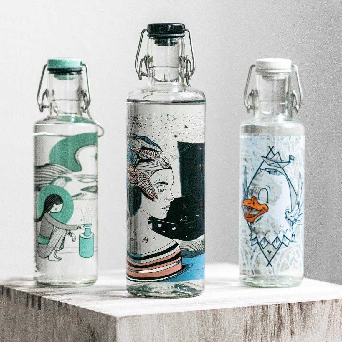 Designová skleněná lahev s duší