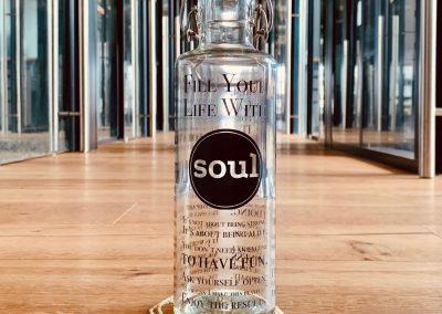 Skleněná lahev s duší - živá duše