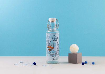 Designová skleněná lahev